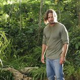 Sawyer entierra a Juliet en 'Lost'