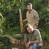 Sawyer y Miles entierran el cuerpo de Juliet en 'Perdidos'
