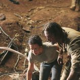 Sawyer y Kate buscan a Juliet