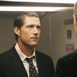 Jack Shephard se mira al espejo