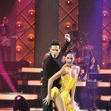 Juan García bailando un cha-cha-chá en 'MQB'