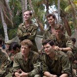 Grupo de soldados en 'The Pacific'
