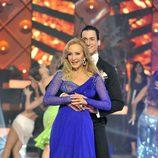 Carmen Lomana baila un vals en 'MQB'