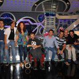Pablo Motos y su equipo en el plató de 'El hormiguero'