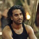 Naveen Andrews en 'Recon'