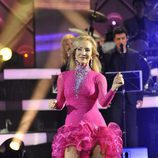 Carmen Lomana baila una samba en 'MQB'