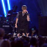 Justin Bieber, actuando en los Nikelodeon Kids Choice Awards