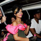 Rihanna en el backstage de los Kids Choice 2010