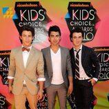 Los Jonas Brothers en los Kids Choice Awards 2010