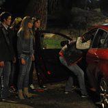 Culebra saca a Sandra del coche