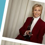 Jane Lynch sonriente
