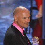 El actor Terry O'Quinn recoge su Emmy por su papel en 'Lost'