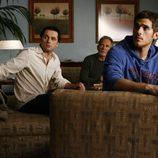 Dave Annable, Matthew Rhys y Ron Rifkin en 'Cinco hermanos'