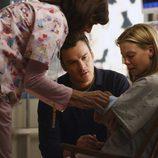 Julia y Tommy Walker reciben a su hijo en 'Cinco hermanos'