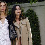 Las actrices Calista Flockhart y Sally Field en la serie 'Cinco Hermanos'