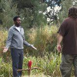Michael se le aparece a Hurley