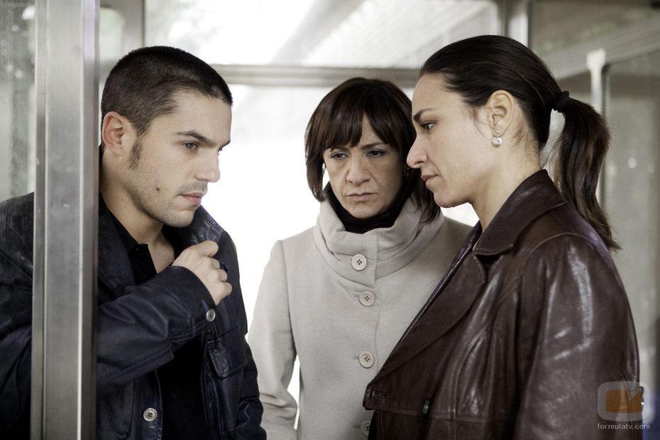 Blanca Portillo, Alejo Sauras e Isabel Serrano en 'Acusados'