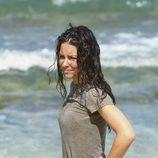Evangeline Lilly en la playa