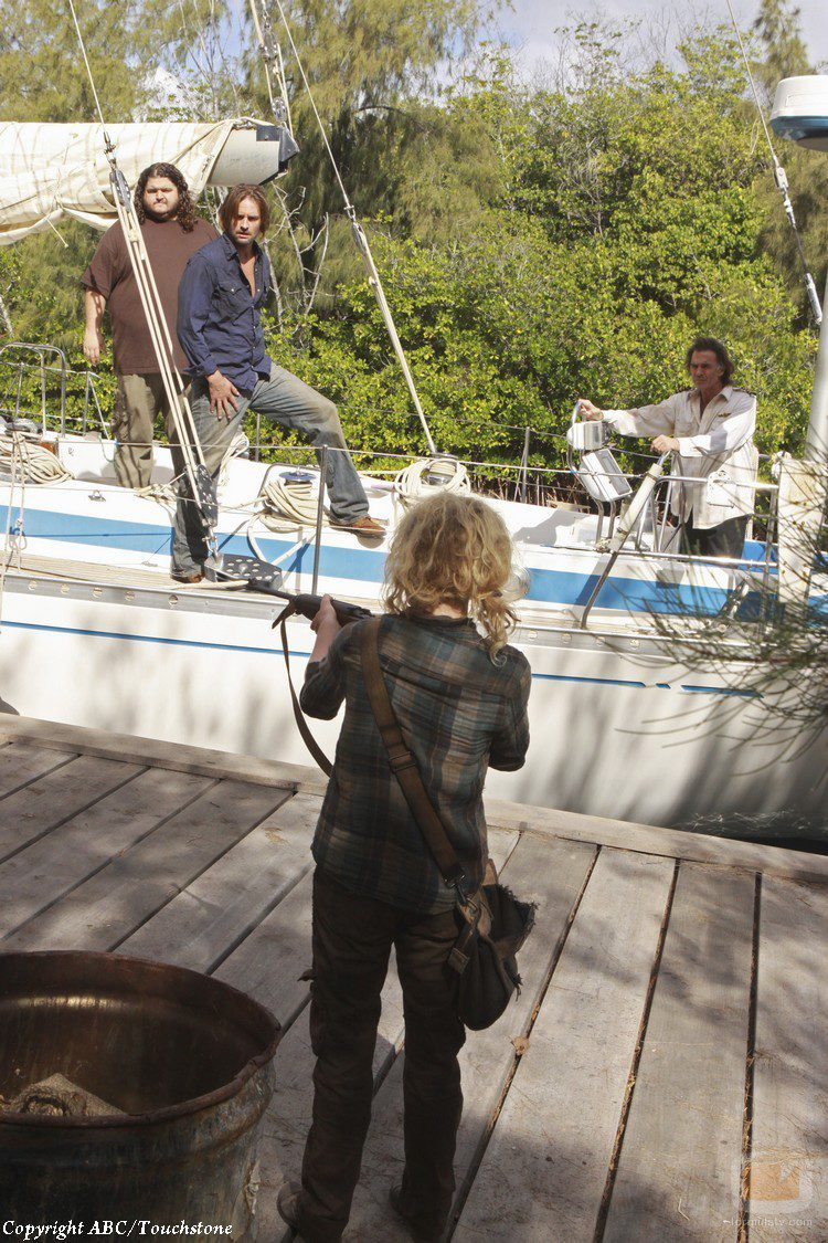 Claire llega al grupo de Sawyer