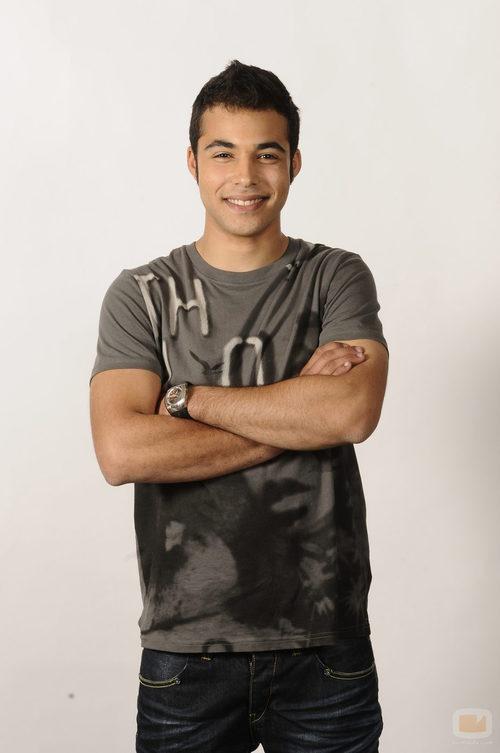 Nasser Hassan es Román