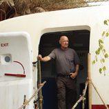 'Locke' entra en el avión de Ajira