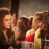 Sandra Blázquez y Lucía Ramos en 'La fiesta'