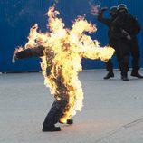 Un hombre arde en 'Los hombres de Paco'