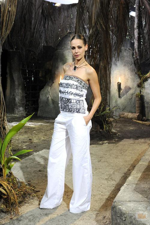 Eva González en el set de 'Supervivientes 2010'