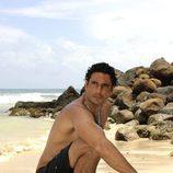 Óscar Higares sin camisa en 'Supervivientes'