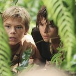 Jacob y su hermano se esconden tras los matorrales