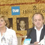 Concha Velasco y Javier Pons