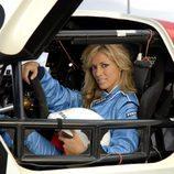 'Más que coches competición' nos enseña a su presentadora, Carolina Alcázar