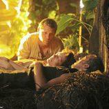 Jacob observa a su hermano y a su 'madre' muertos