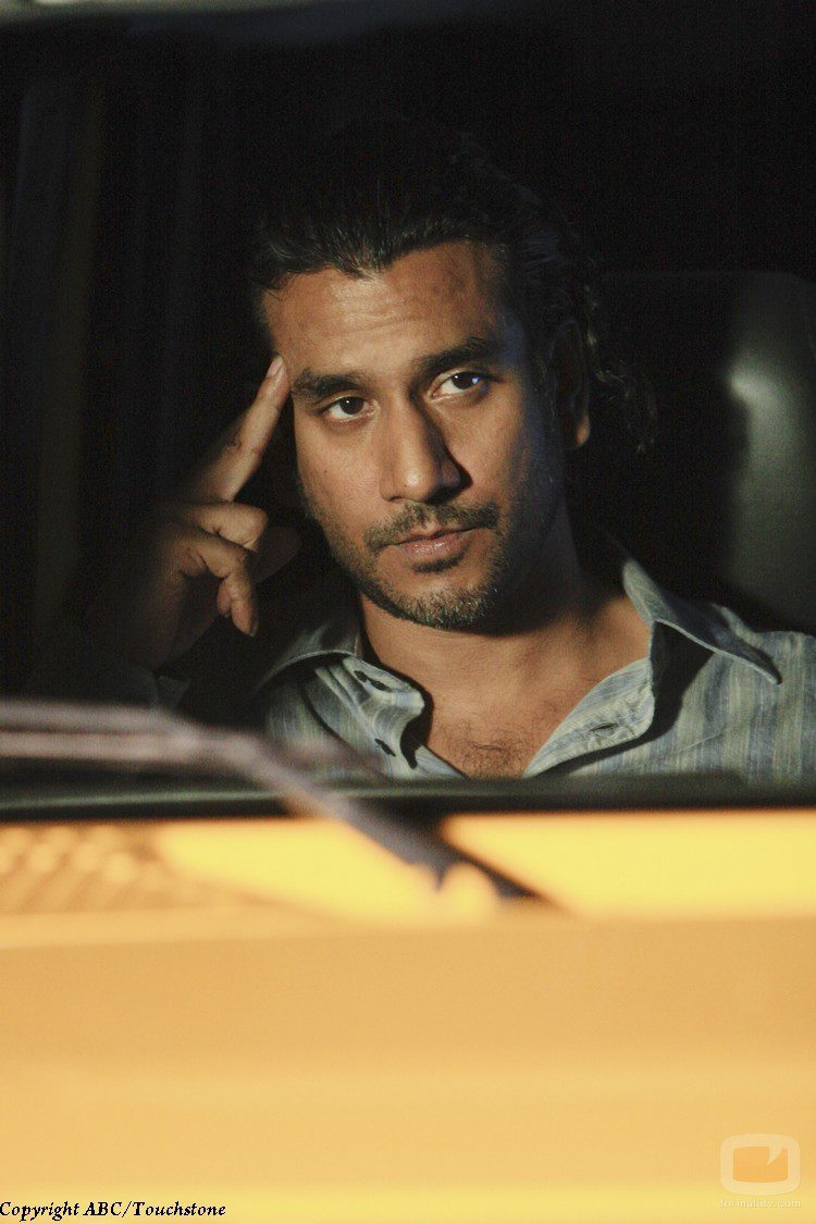 Naveen Andrews en 'The End'