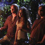 Kate, Sawyer y Hurley escuchan a Jacob
