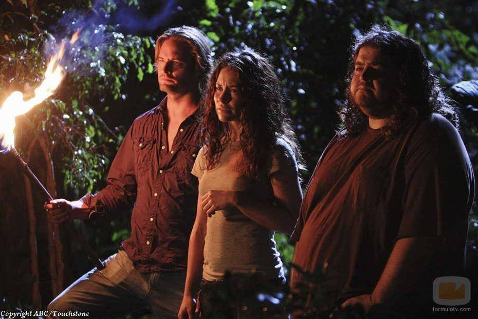 Kate, Sawyer y Hurley escuchan a Jacob