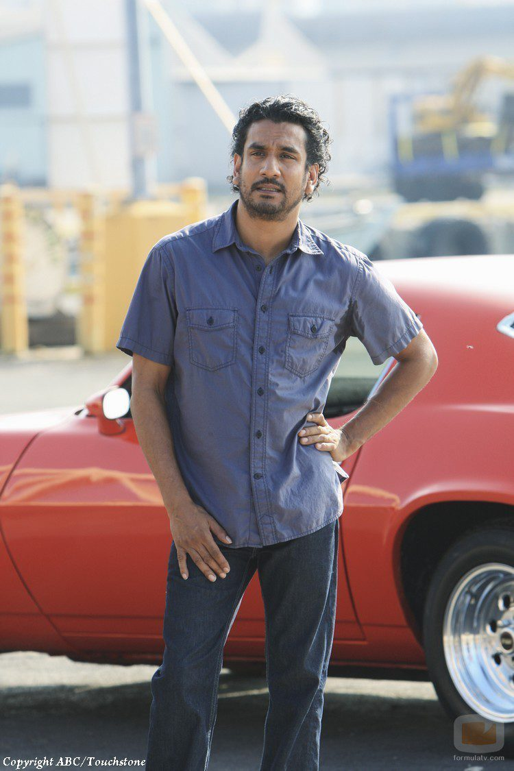 Naveen Andrews en 'What They Died For'