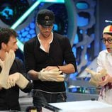 Enrique Iglesias con Flipy