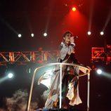 Michael Jackson vuela en una plataforma