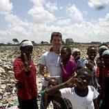 Simon Cowell, solidario en África
