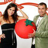 Carmen Alcayde y Jorge Javier Vázquez durante 'aquí hay tomate'