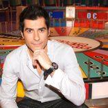 Jorge Fernández posa en 'La ruleta de la suerte'