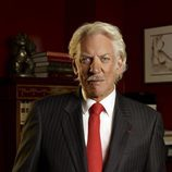 Donald Sutherland es Tripp Darling en 'Dirty Sexy Money'