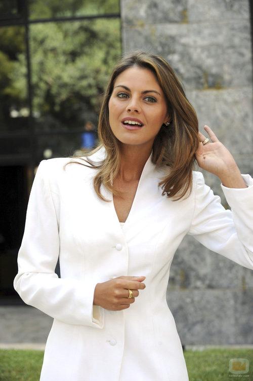 Amaia Salamanca es la princesa Letizia
