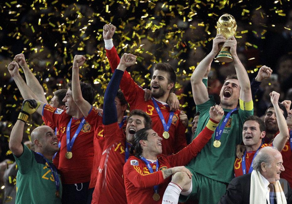Espa a campeona del mundo 2010 fotos formulatv - Tarimas del mundo madrid ...