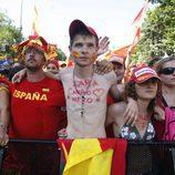 Miles de aficionados siguen la final del Mundial en Recoletos