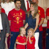Letizia con las Infantas Leonor y Sofía y la Copa del Mundo