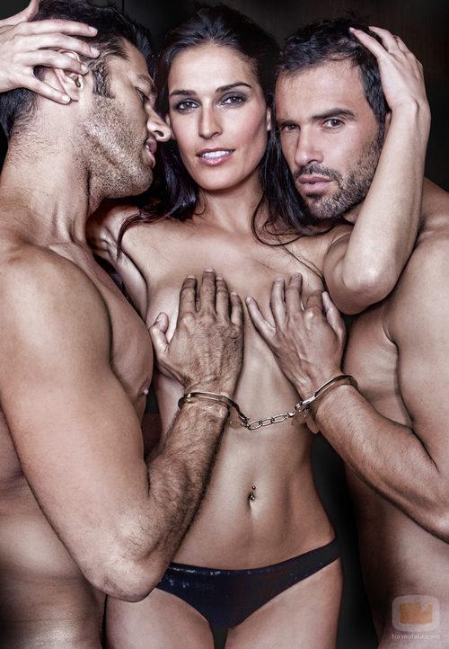 Michel Olivares y Roberto Liaño desnudos con Verónica Olivares