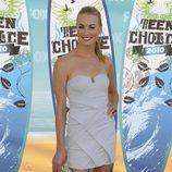 Yvonne Strahovski en los Teen Choice 2010