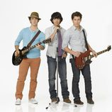 Los Jonas Brothers promocionando 'Camp Rock 2'